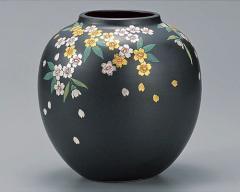 九谷焼 - 日本を代表する伝統工芸品 - 花瓶 5・6号