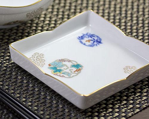 有田焼 香蘭社 小皿揃 金ミル花丸紋
