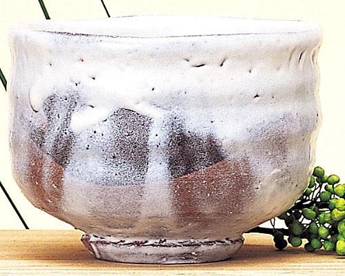 萩焼 抹茶碗 白釉楽型 竹下敬三作 桐箱付