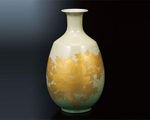 九谷焼 8号花瓶 釉裏金彩牡丹紋 吉田美統