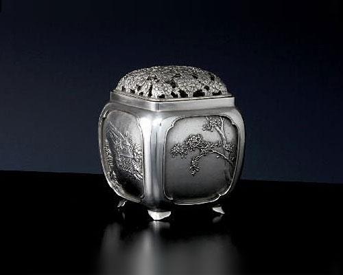 銀製 香炉 菊蓋秋景 津雪
